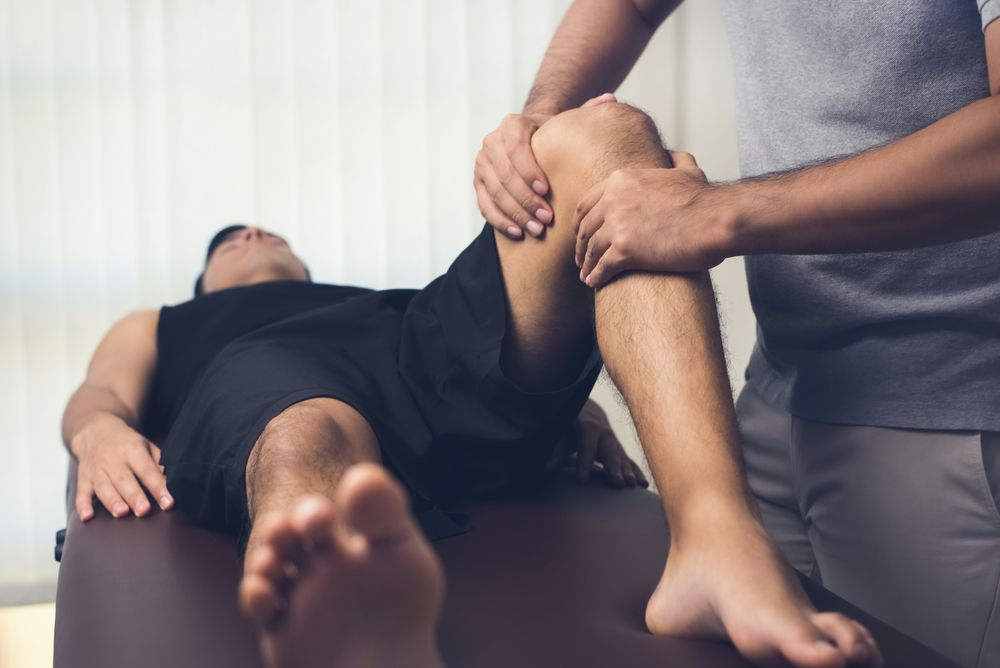 how-effective-are-chiropractors-at-treating-pain-premier-injury-clinics-of-dfw
